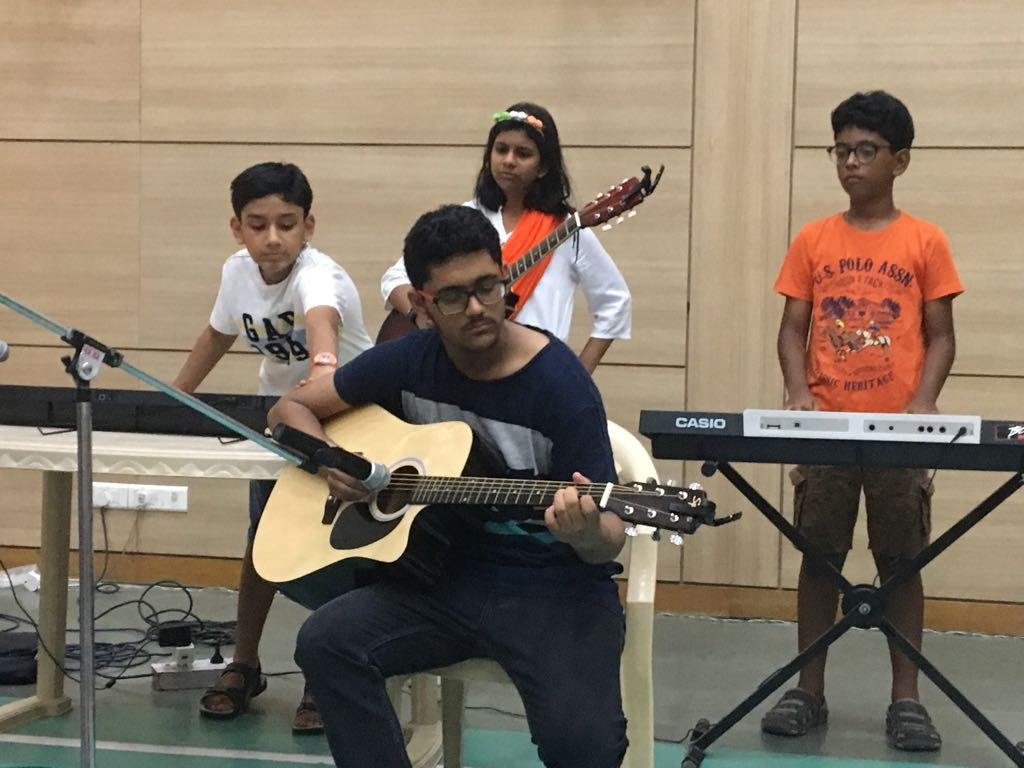 Kids learning to play Guitar, Piano, Casio, Singing, Vocals Indian and Western Dance at Shan's School